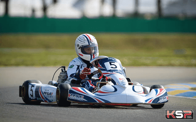 Championnat de France Junior: Une fille aux commandes !